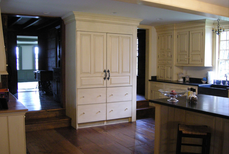 Period Authentic Colonial Kitchens